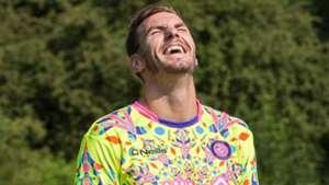 Wycombe GK kit 2017/2018
