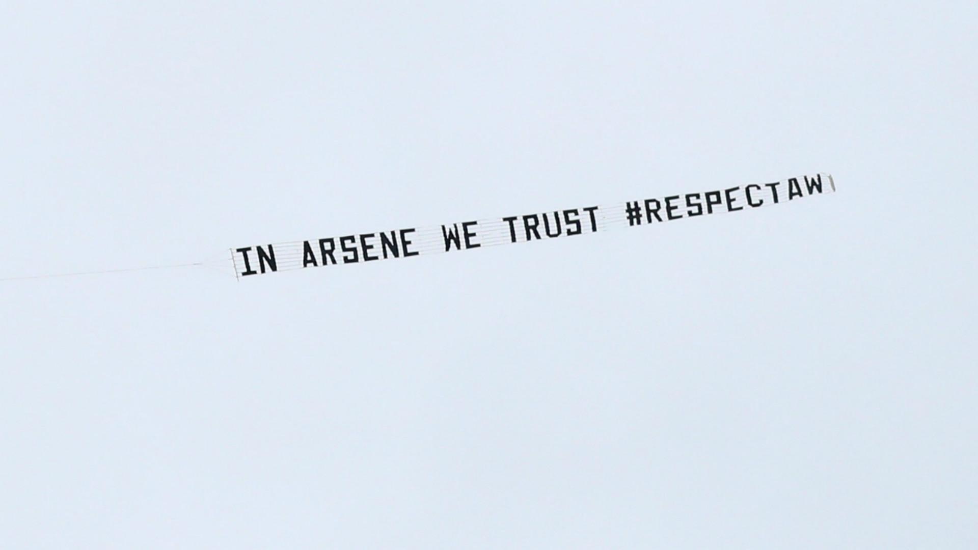 HD Arsene Wenger banner Arsenal