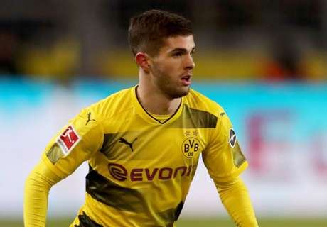 Reus urges Pulisic to stay at BVB