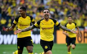 Paco Alcacer BVB Augsburg