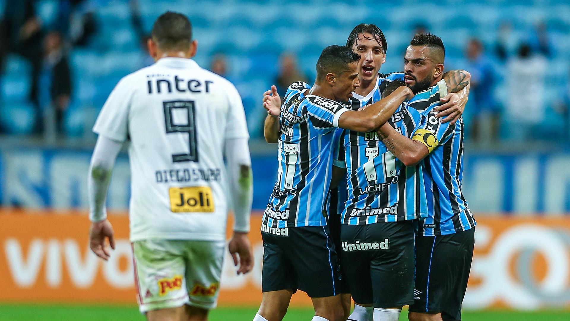 Diego Souza Everton Geromel Cicero Gremio Sao Paulo Brasileirao Serie A 26072018