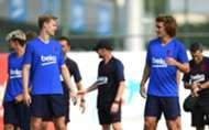 Frenkie de Jong Antoine Griezmann FC BArcelona Training
