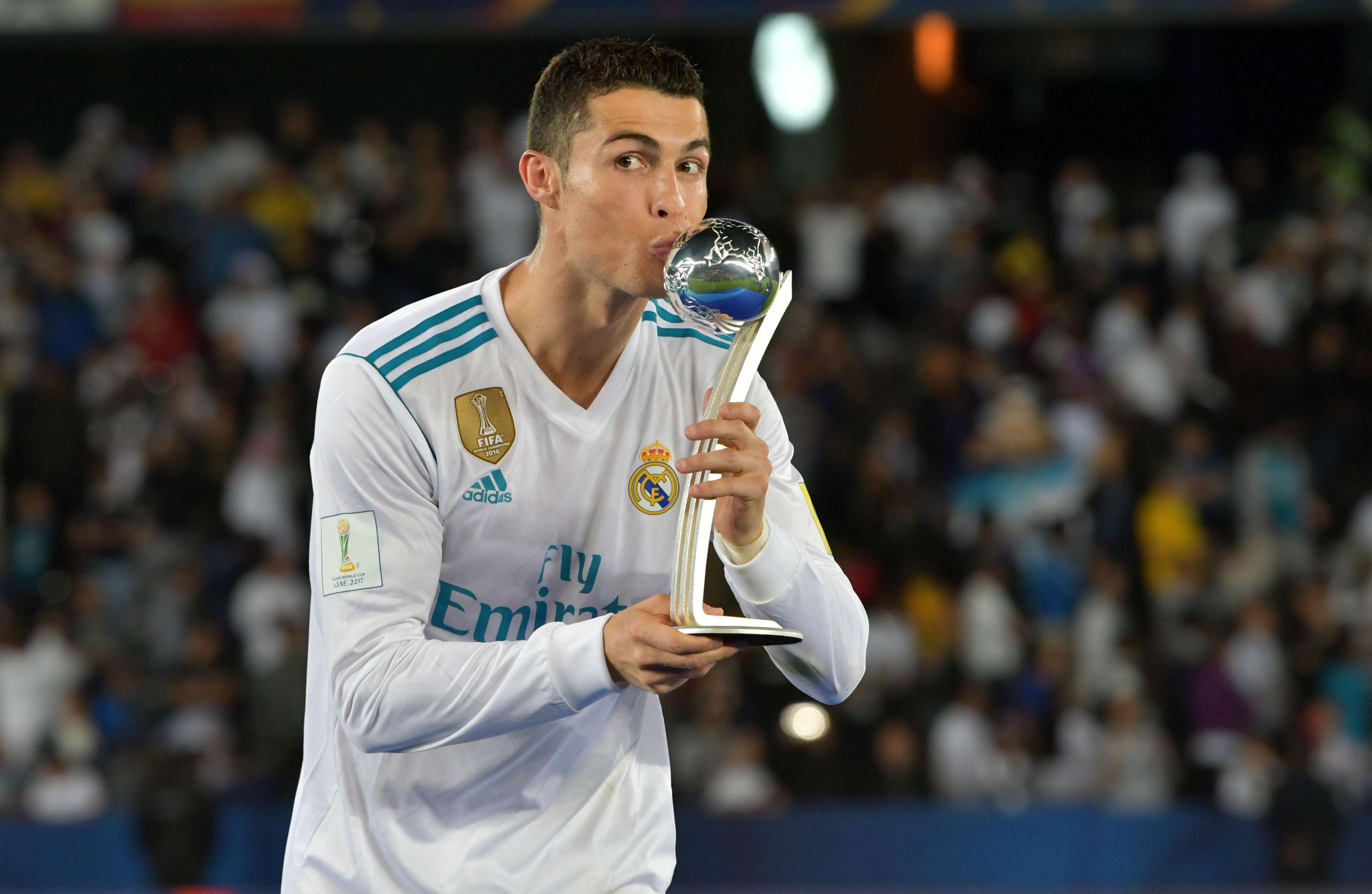 Real Madrid pasa susto y avanza a final de Mundial de Clubes