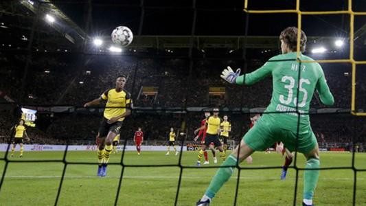 Marwin Hitz Dortmund Bayern 10112018