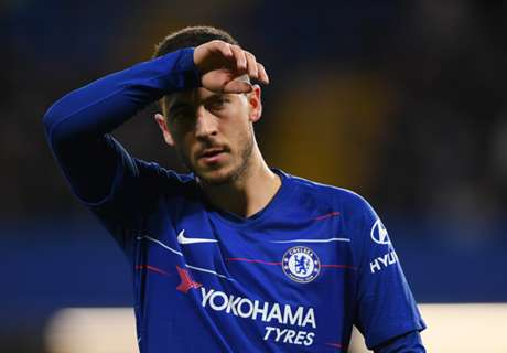 'F*ck Sarriball!' - Chelsea boss on the brink after losing fans