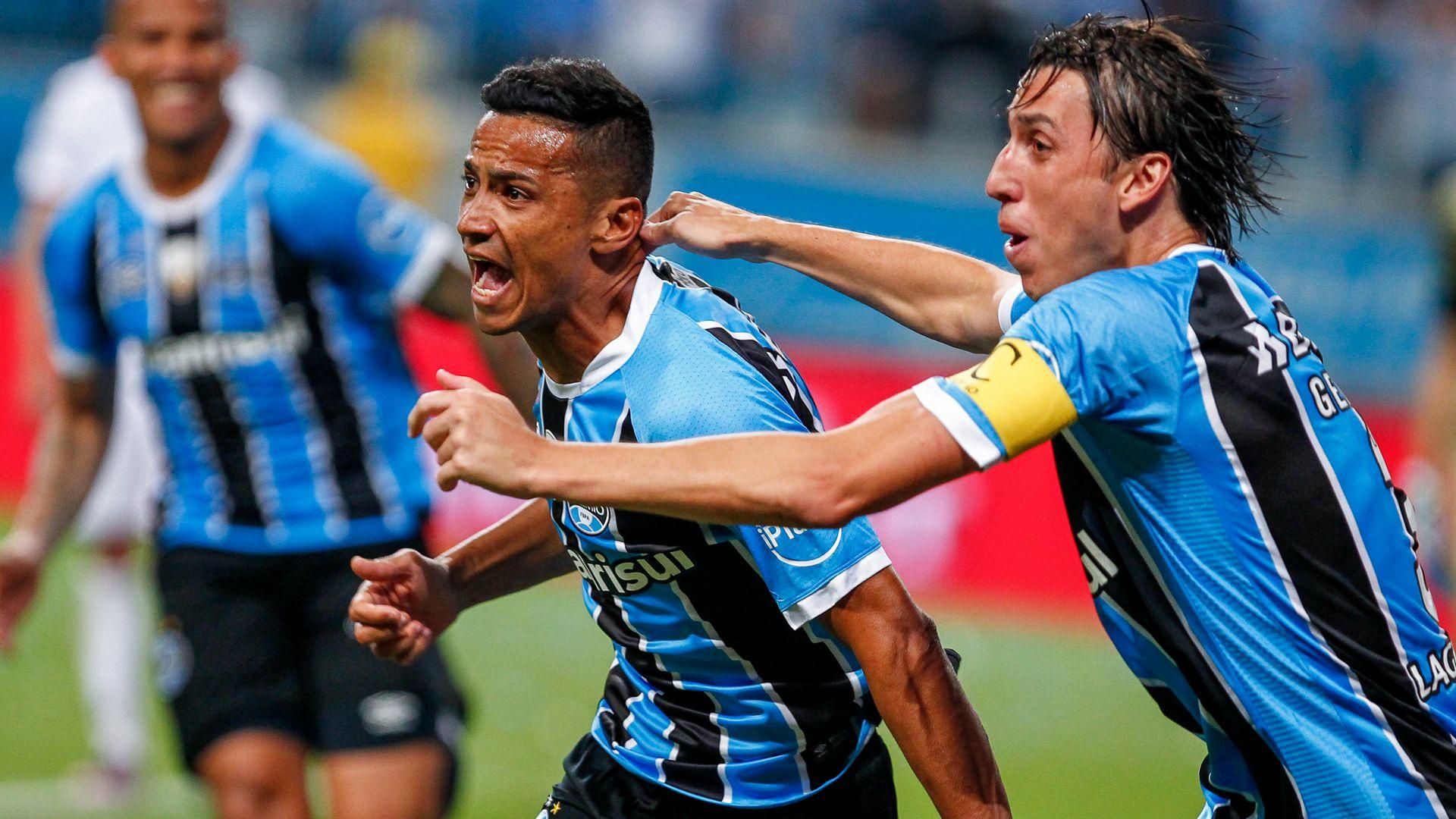 Cicero Geromel Gremio Lanus Copa Libertadores 22112017