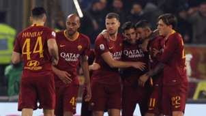 Roma celebrate vs Bologna