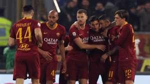 Roma celebrate vs Bologna