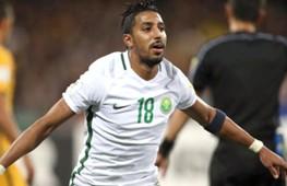 سالم الدوسري، واحدًا من أخطر مهاجمي المنتخب السعودي، ودائمًا يتسبب في إزعاج الخصم بنشاطه