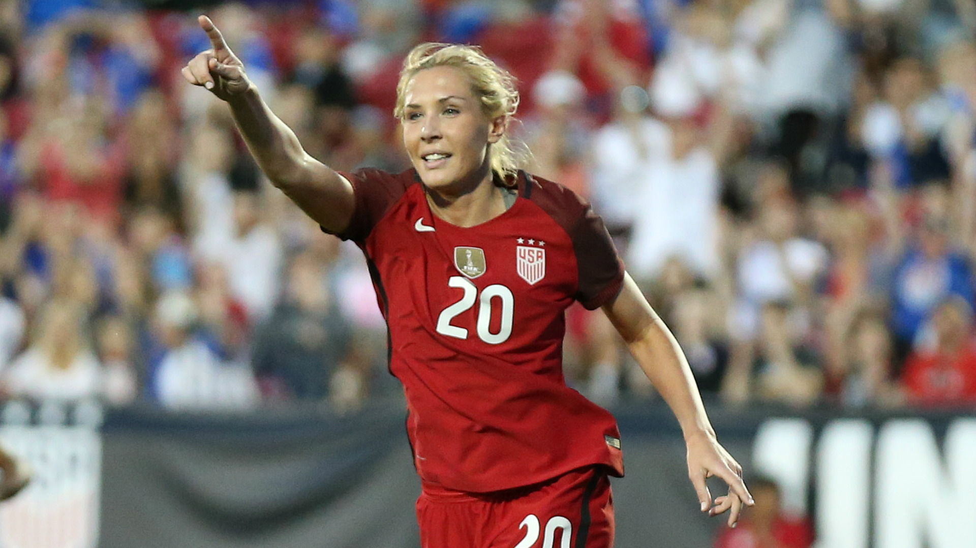 Allie Long USWNT