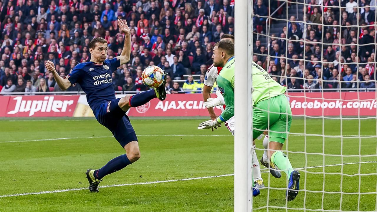 Daniel Schwaab, Jeroen Zoet, Ajax - PSV, 03312019