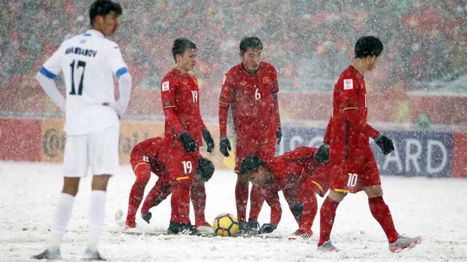 U23 Việt Nam U23 Uzbekistan VCK U23 châu Á 2018 - Hình ảnh cào tuyết để sút phạt
