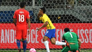 Gabriel Jesus Brasil Chile WC Qualifiers 2018 10102017
