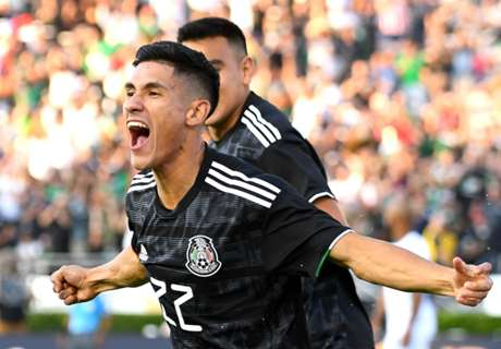 Antuna's hat-trick shows El Tri deep enough to roll