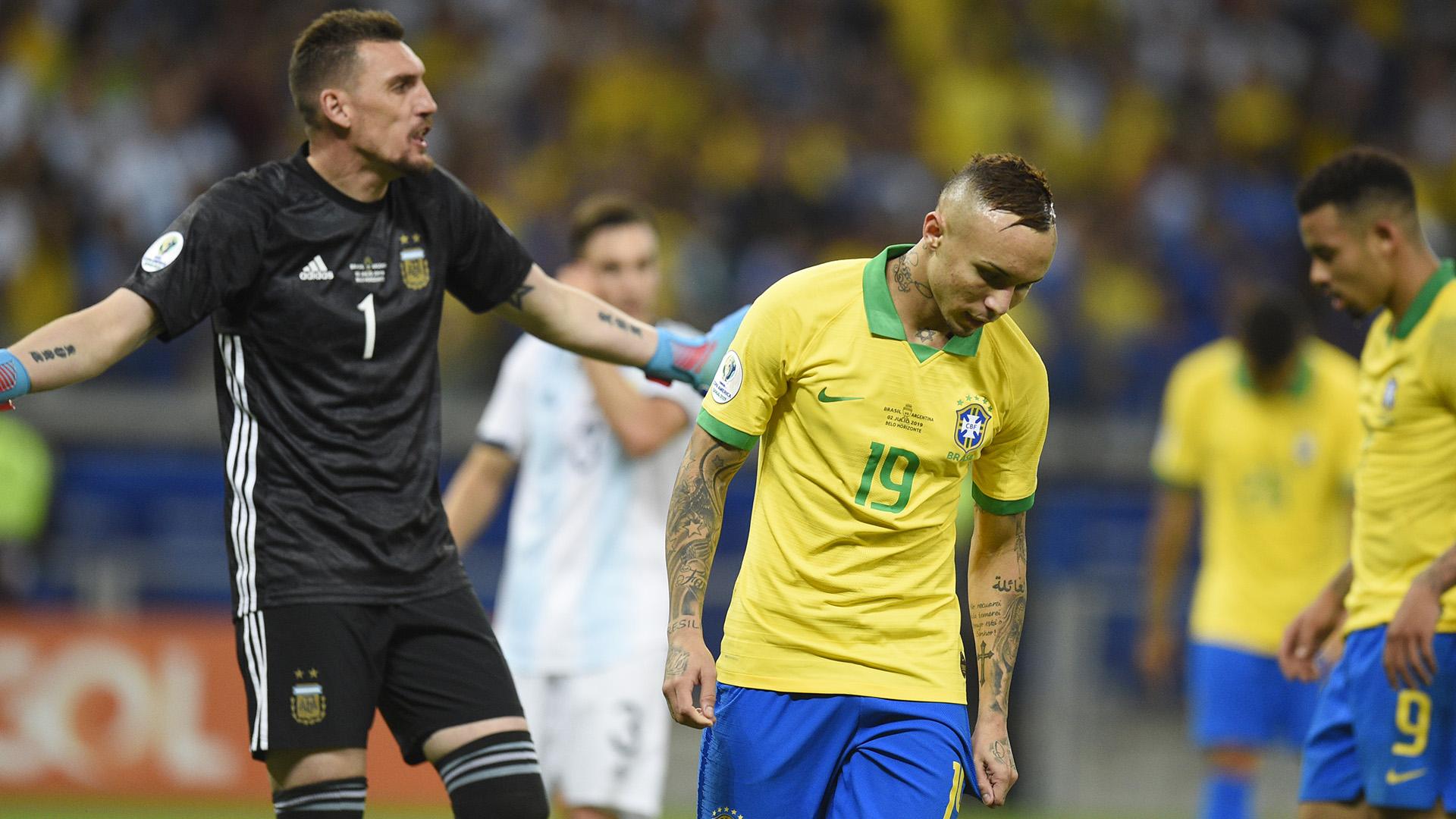 Everton Armani Brasil Argentina Copa América 02072019