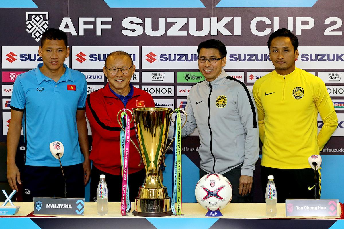 Park Hang-seo Tan Cheng Hoe Vietnam Malaysia AFF Suzuki Cup 2018