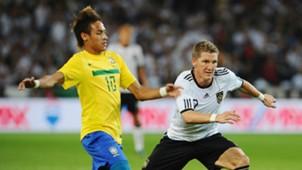 Neymar Schweinsteiger Brazil Germany 08102011