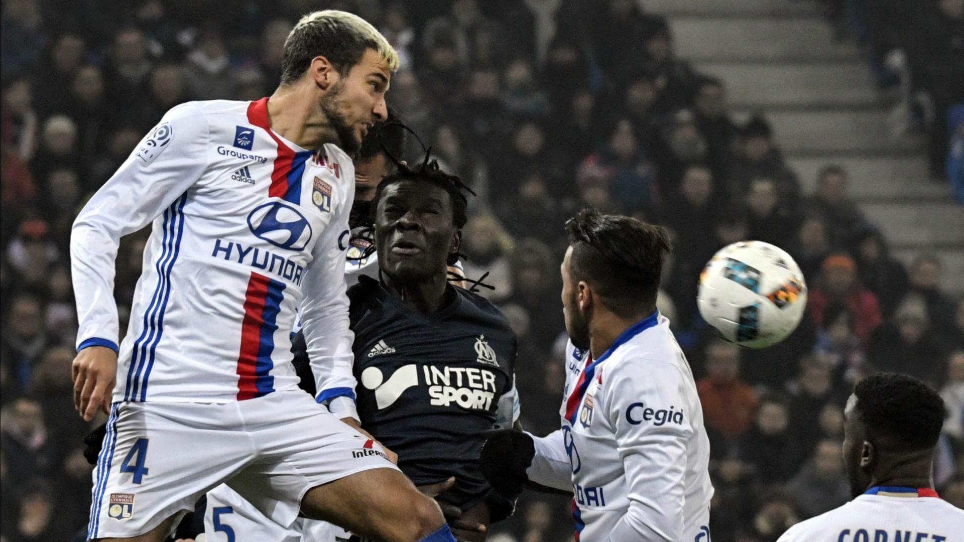 Emanuel Mammana Olympique Lyonnais Ligue 1 2016-17