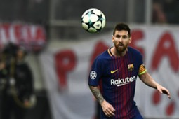 Lionel Messi Olympiakos Barcelona UCL 31102017