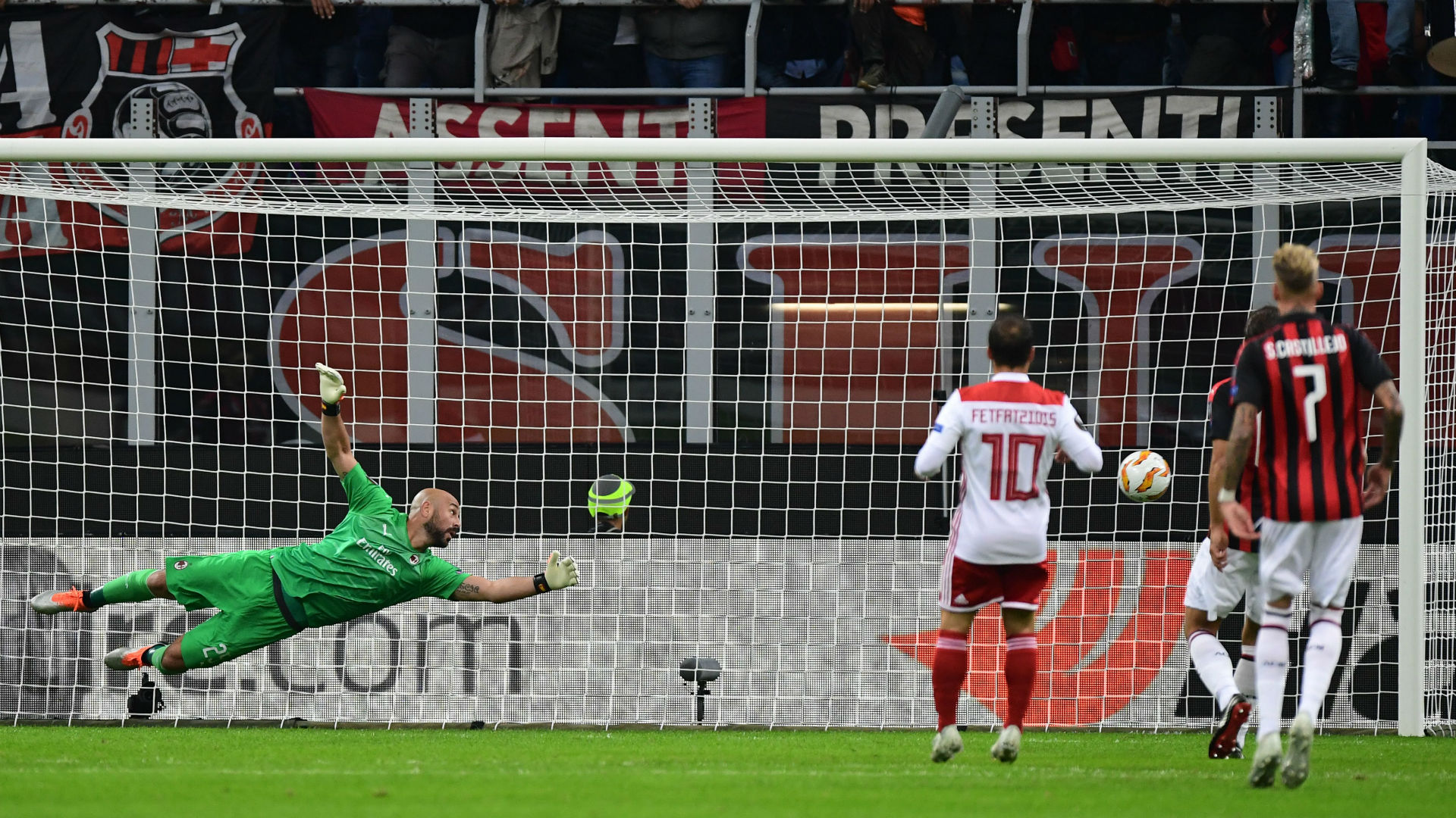 Milan Olympiacos Europa League