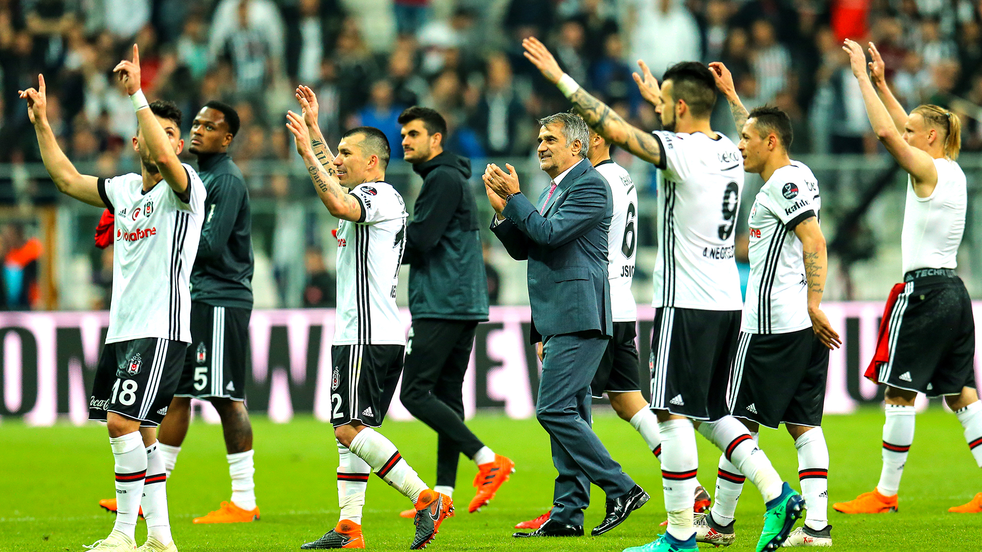 Turquie: Besiktas va boycotter la reprise du derby contre Fenerbahçe