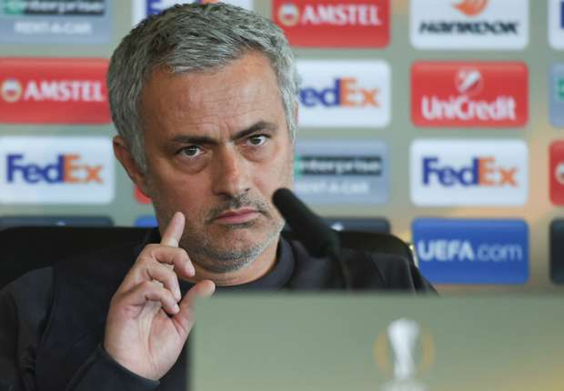 Image result for MAN UTD TRANSFER NEWS: THE LATEST & LIVE PLAYER RUMOURS FROM OLD TRAFFORD