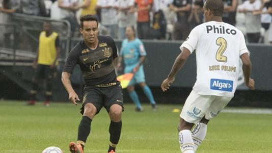 Santos x Corinthians  Quem venceu mais vezes o Clássico Alvinegro ... 5e318985c2ee1