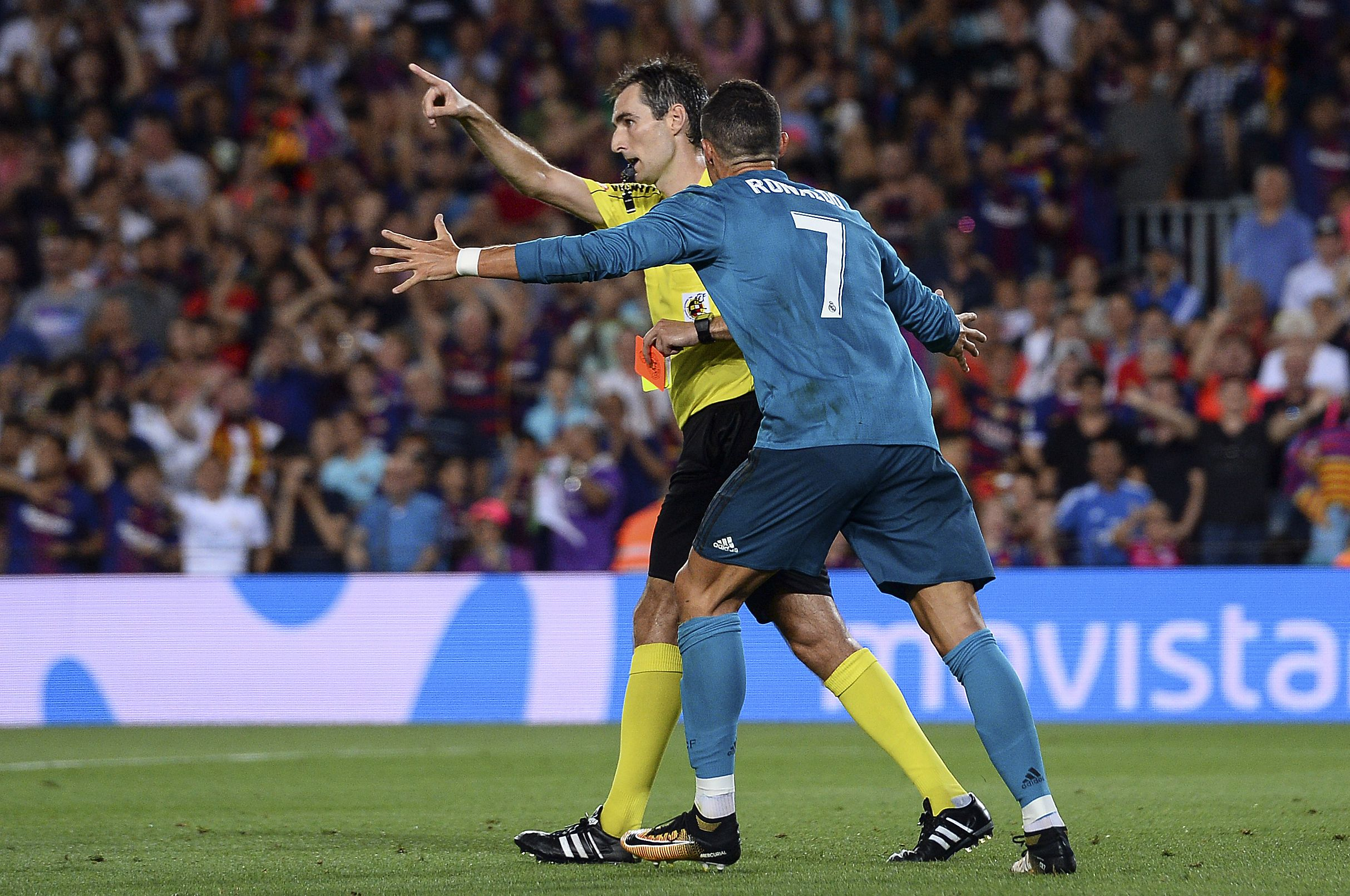 Cristiano Ronaldo referee Real Madrid Barcelona