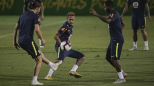 Neymar Brasil amistoso 19 10 18