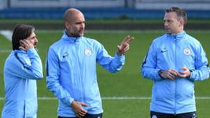 Pep Guardiola Man City training
