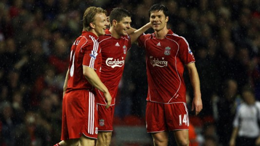 Xabi Alonso Steven Gerrard Dirk Kuyt Liverpool Luton Town FA Cup
