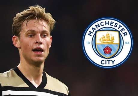 Barcelona lose hope as Man City close in on De Jong deal