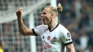 Domagoj Vida Besiktas goal celebration 2522018