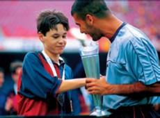 iniesta guardiola nike cup 1999