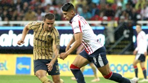 Chivas Pumas Andrés Iniestra