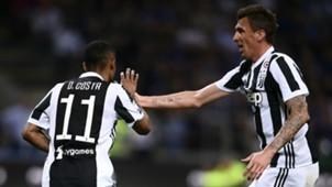 Douglas Costa Mario Mandzukic Inter Juventus Serie A 04282018