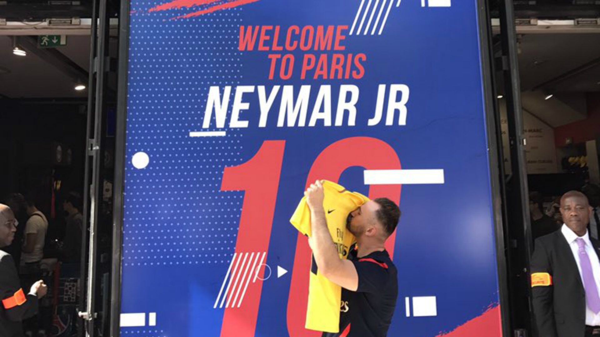 free shipping c1014 dafa8 Neymar jersey: Where can you buy PSG shirt & how much will ...