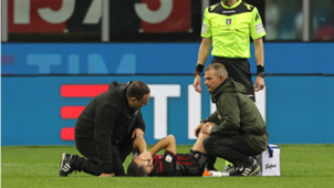 Andrea Bertolacci injured Milan Genoa Serie A 18032017