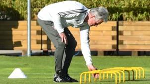 Jupp Heynckes FC Bayern München Munich Training 17102017