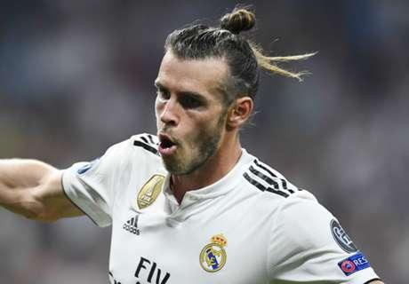 Bale & Coutinho in Neville's Man Utd dream team