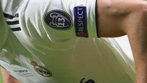 8e552257671cc La camiseta del Real Madrid en la Champions League  el parche de ...