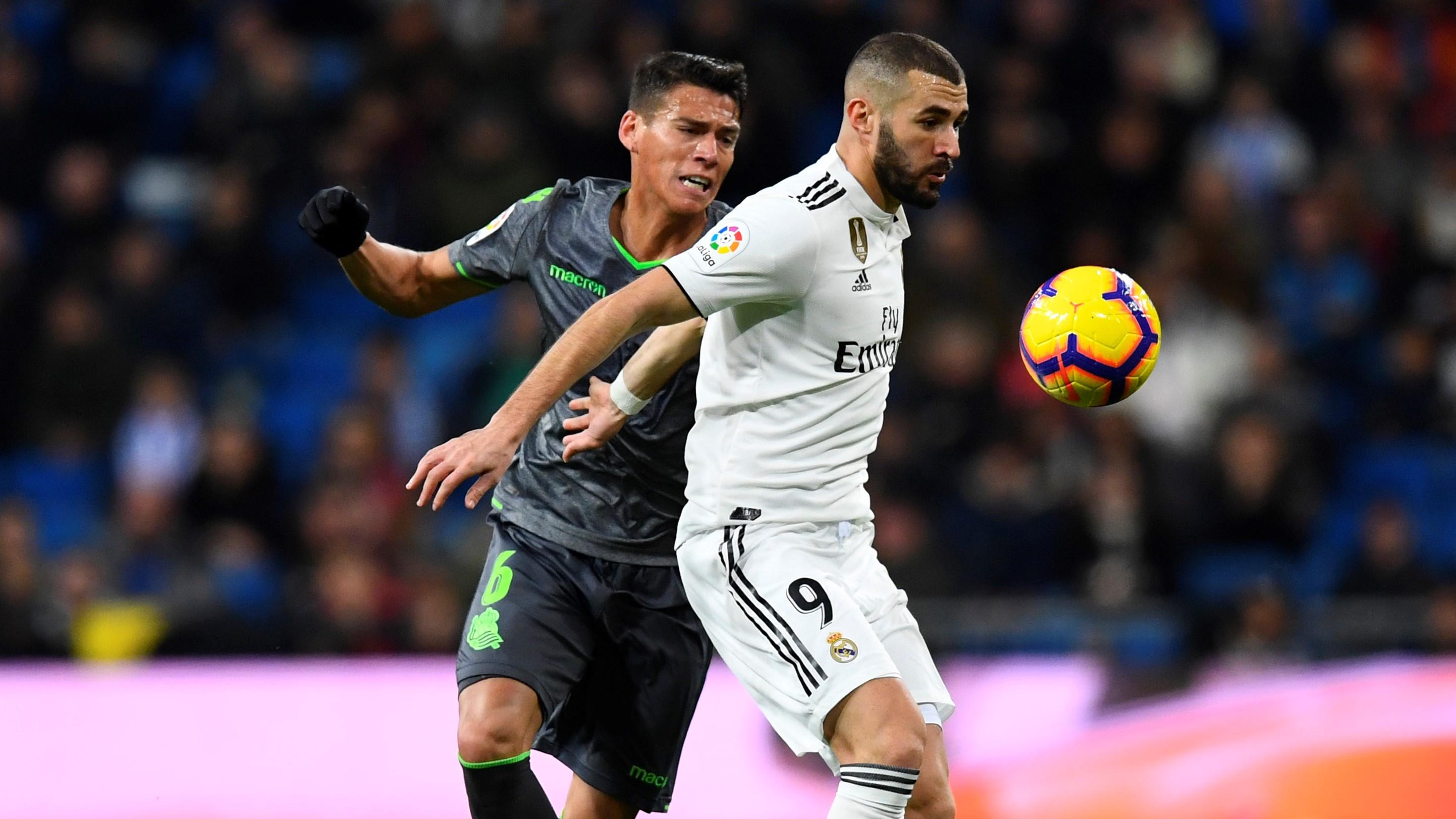 Karim Benzema Hector Moreno Real Madrid Real Sociedad LaLiga 06012019