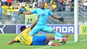 Sibusiso Vilakazi, Mamelodi Sundowns & Jody February, Ajax Cape Town, April 2018