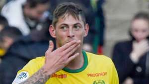 'I am getting scared' - Emiliano Sala sent fearful messages to friends while aboard missing plane