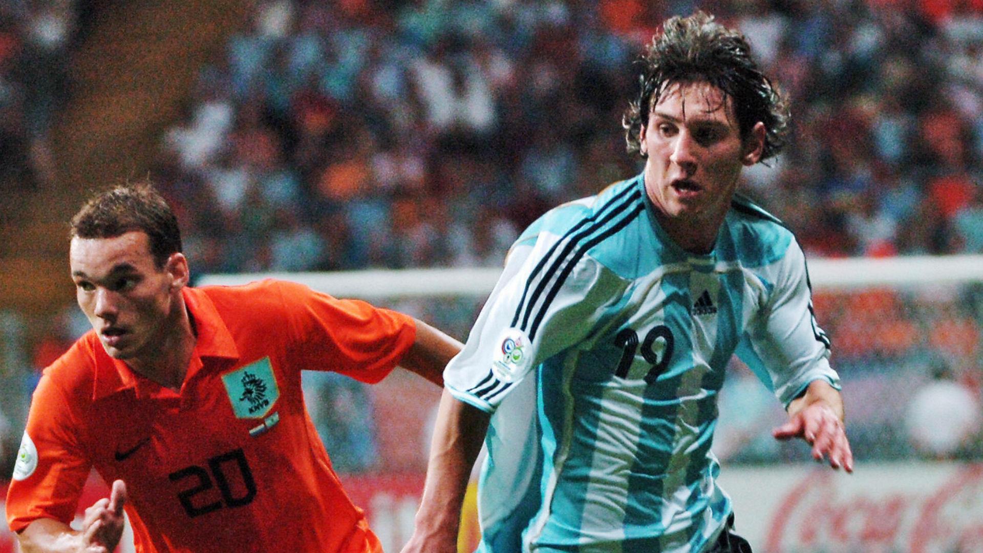 Wesley Sneijder Lionel Messi Netherlands Argentina World Cup 2006