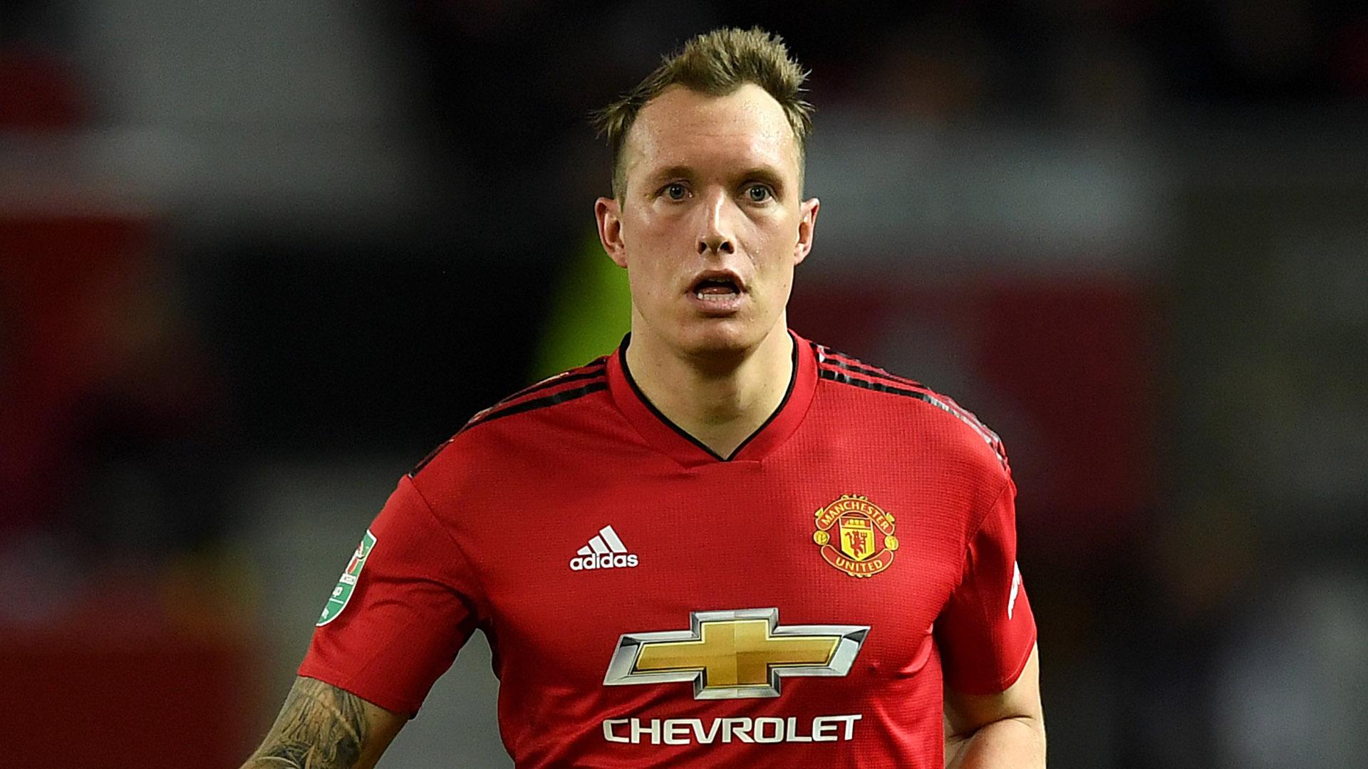 Phil Jones Man Utd 2018-19