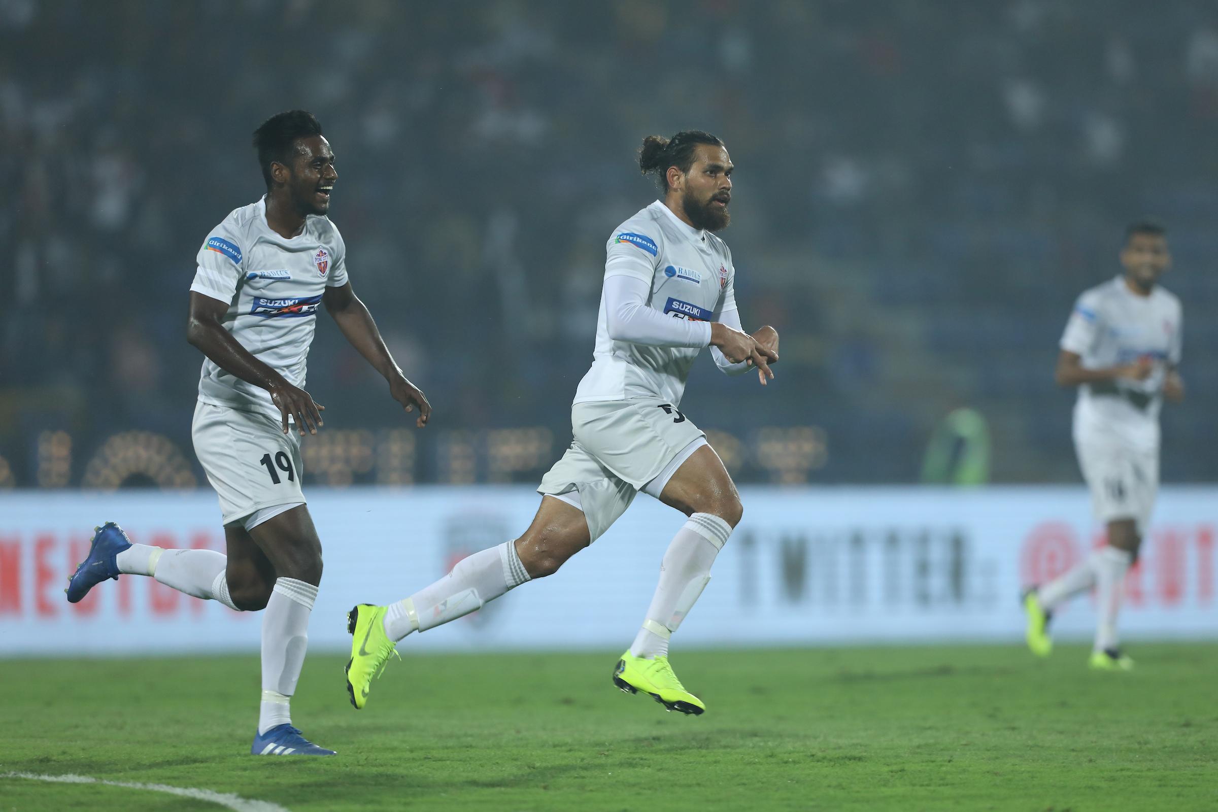 Adil Khan NorthEast United Pune City