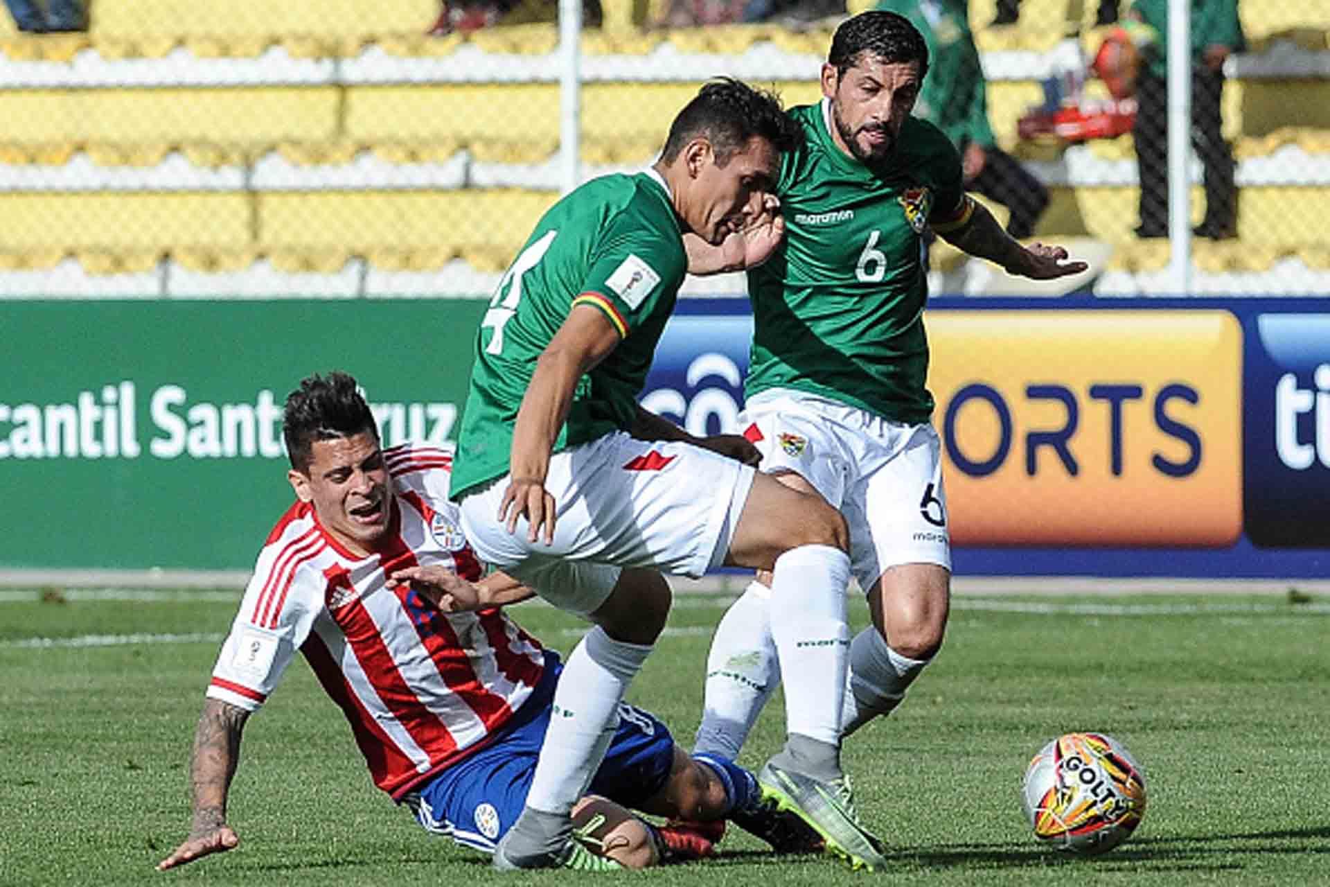 Bolivia pierde a Valverde por amarillas