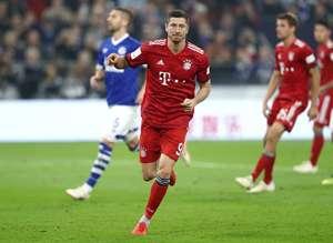 Robert Lewandowski vs Schalke