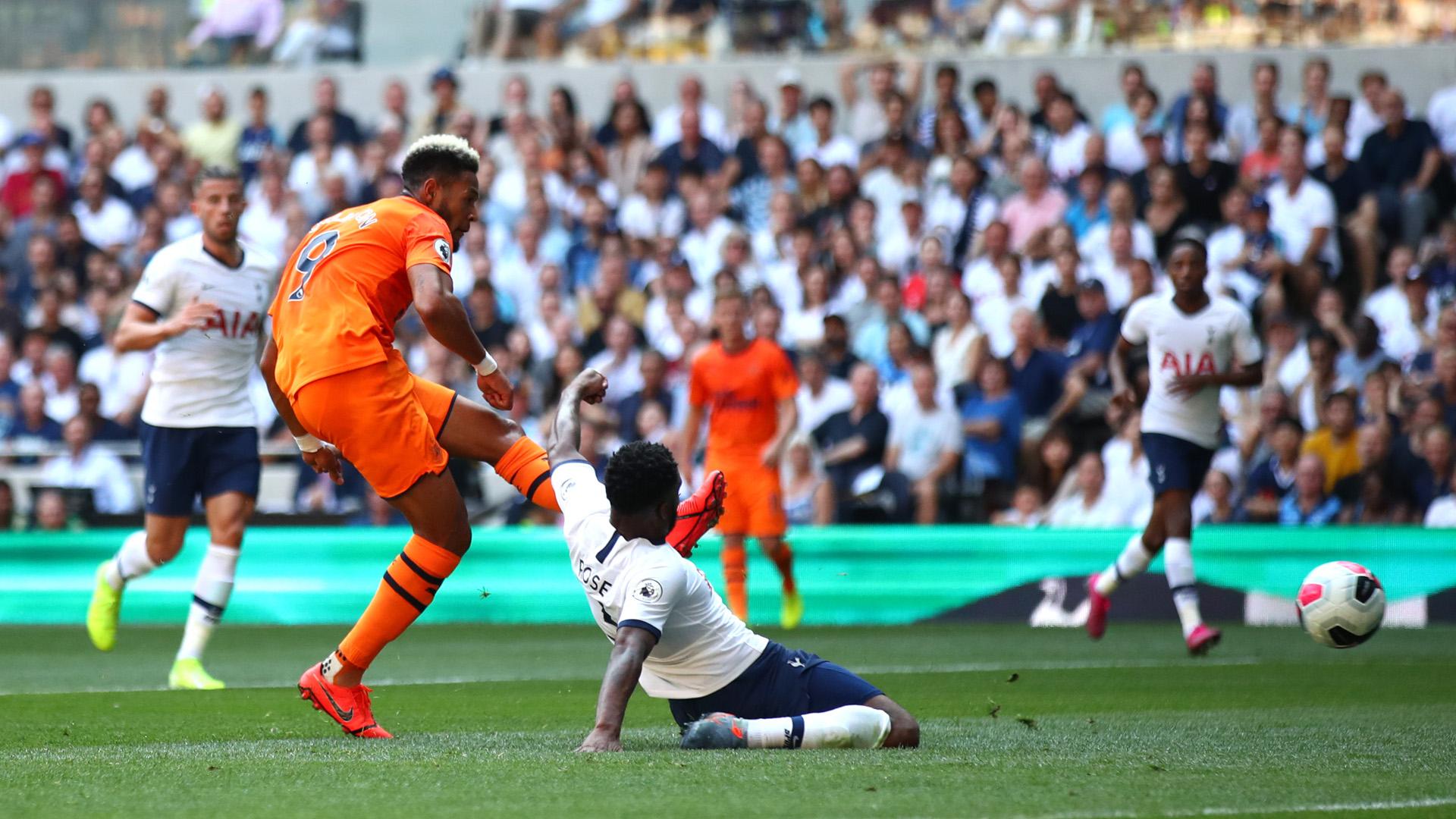 Ndombele forfait contre Newcastle — Tottenham